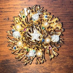 Jewelry - Ivana Trump brooch